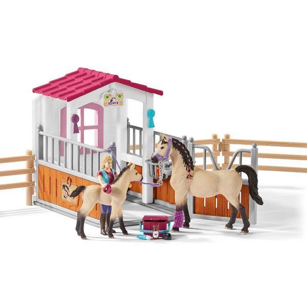 SCHLEICH 42369 - Horse Club - Pferdebox mit Arabern und Pferdepflegerin